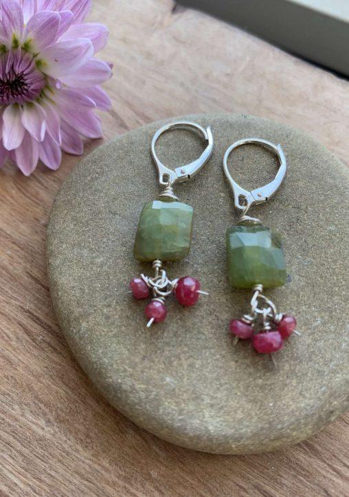 emerald and ruby earrings