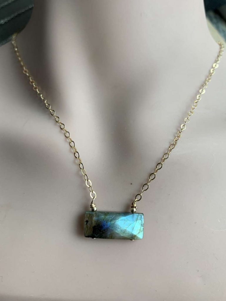 gold filled chain labradorite necklace